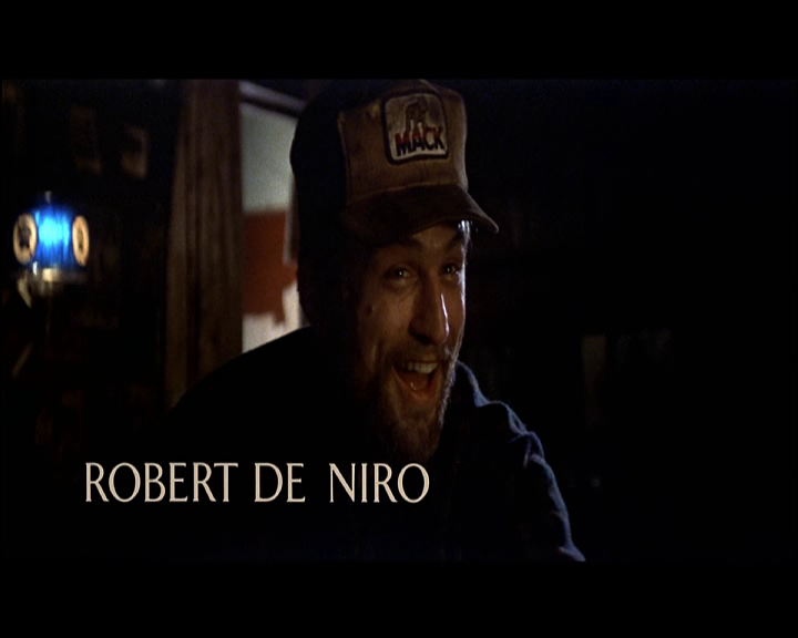 The deer hunter (Voyage au bout de l'enfer, 1978) de Michael Cimino : la roulette russe