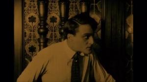 Haceldama ou le prix du sang (1919) de Julien Duvivier : Minnie enlevée par Stanley