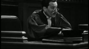 Accusée, levez-vous (1930) de Maurice Tourneur : le procès