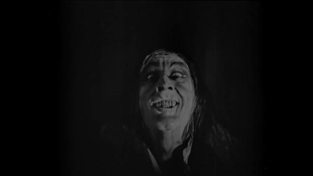 John Barrymore est mister Hyde dans le film muet américain Dr. Jekyll and Mr. Hyde (Docteur Jekyll et M. Hyde, 1920) de John S. Robertson