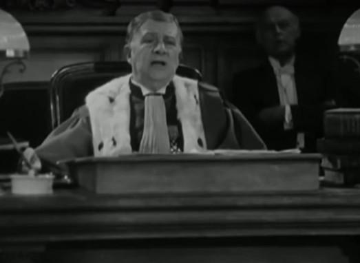 L'acteur André Dubosc dans le film Accusée, levez-vous (1930) de Maurice Tourneur