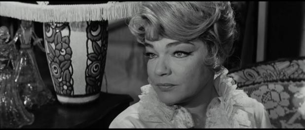 Compartiment tueurs (1965) de Costa-Gavras : le jeune voyageur menacé de mort (HD)