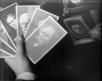 les cartes sur lesquelles s'ouvre le film Docteur Mabuse, der spieler