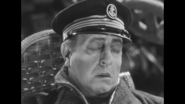 L'acteur Harry Baur (1880/1943) dans le film Mollenard