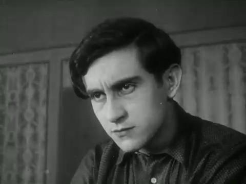 Georges Hugnet dans La perle