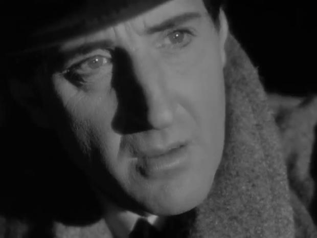 Basil Rathbone dans le film Sherlock Holmes et la voix de la terreur