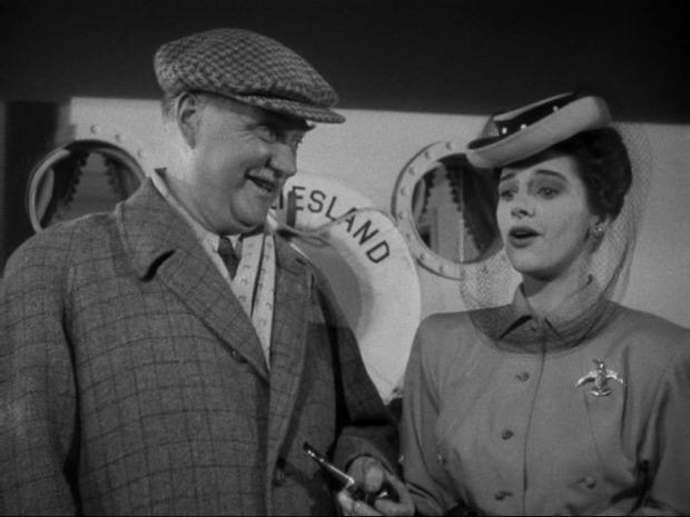 Mission à Alger : à droite, Marjorie Riordan