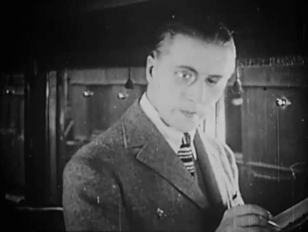 600 000 francs par mois (1926) de Robert Péguy et Nicolas Koline : foire, magasins et noce