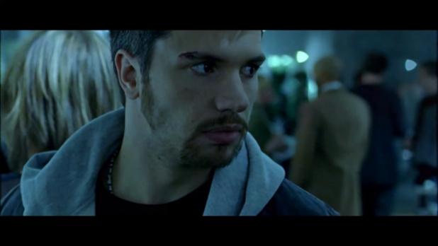 Uro (2006) de Stefan Faldbakken : Mette tue son père (HD)