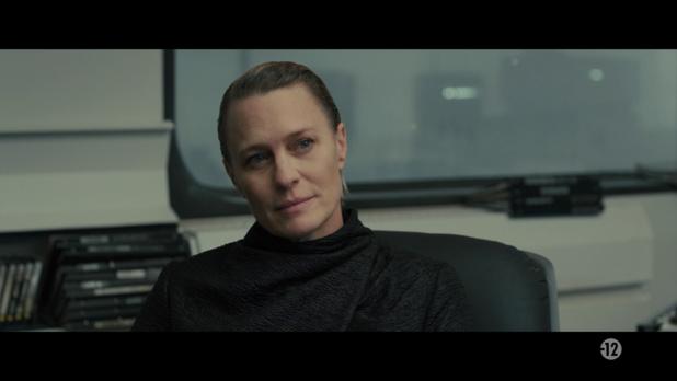 Blade Runner 2049 (2017) de Denis Villeneuve : K rencontre Deckard; et K tue Luv (HD)