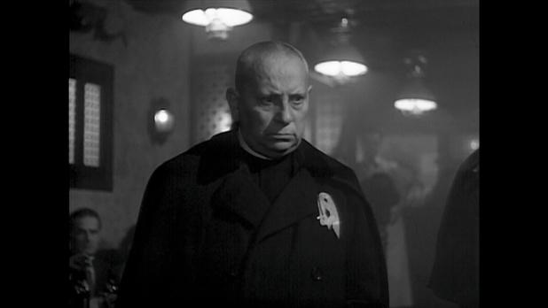 Eric Von Stroheim dans le film Minuit ... Quai de Bercy