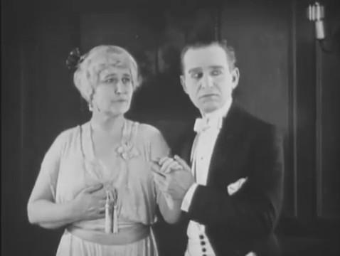 Jane Jennings et Edward Boulden dans le film Haldane of the secret service