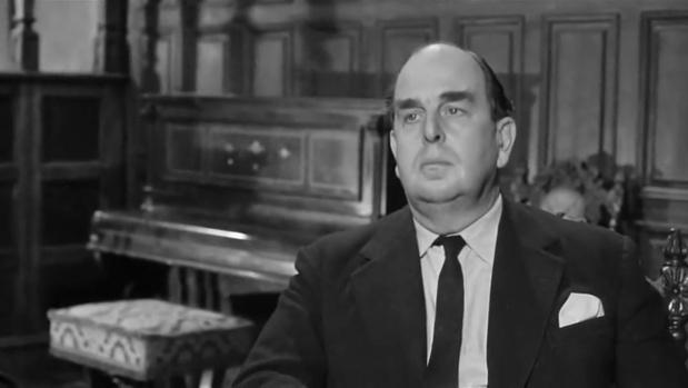 Robert Morley dans Murder at the Gallop (Meurtre au galop, 1963) de George Pollock