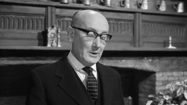 Noel Howlett dans Murder at the Gallop (Meurtre au galop, 1963) de George Pollock