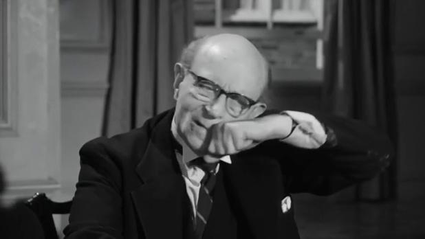 Henry B. Longhurst dans Murder ahoy (Passage à tabac, 1964) de George Pollock