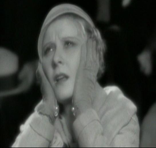 Peg Entwistle dans le film Thirteen women (Hypnose)