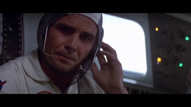 James Brolin est Charles Brubaker dans le film Capricorn One