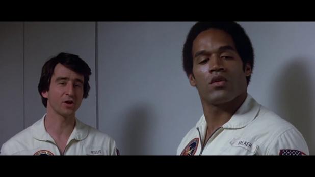 Sam Waterston et O.J. Simpson dans Capricorn One (1978) de Peter Hyams