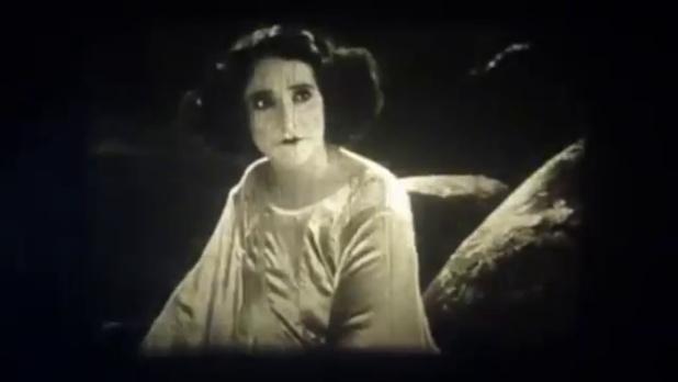 Claudia Victrix est Masha dans le film muet Princesse Masha (1927) de René Leprince