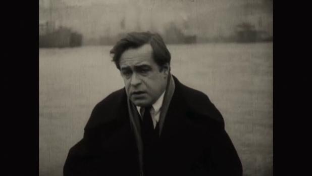 L'acteur Roger Karl dans le film muet La femme de nulle part (1922) de Louis Delluc