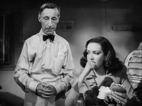 Linda Darnell et Percy Kilbride dans le film policier Fallen angel (Crime passionnel, 1945) d'Otto Preminger