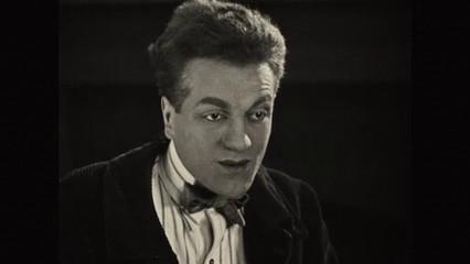 Philippe Hériat dans L'inondation (1924) de Louis Delluc