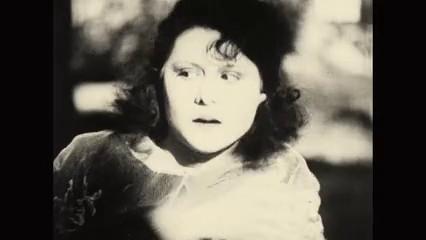 Ginette Maddie dans le film muet L'inondation (1924) de Louis Delluc