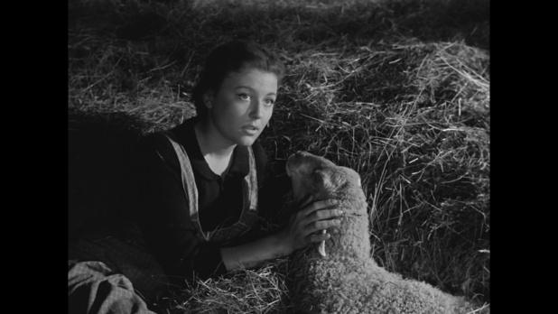 Nicole Courcel dans Le cas du docteur Laurent (1957) de Jean-Paul Le Chanois