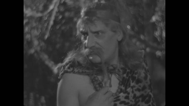 L'acteur Saturnin Fabre dans Le roman d'un jeune homme pauvre (1935) d'Abel Gance