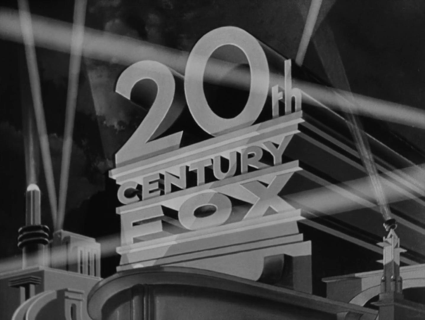 Logo de la firme 20th Century Fox dans le générique du film Laura (1944) d'Otto Preminger