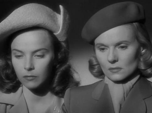 Joan Tetzel et Ann Todd dans le film The Paradine case (Le procès Paradine, 1947) d'Alfred Hitchcock