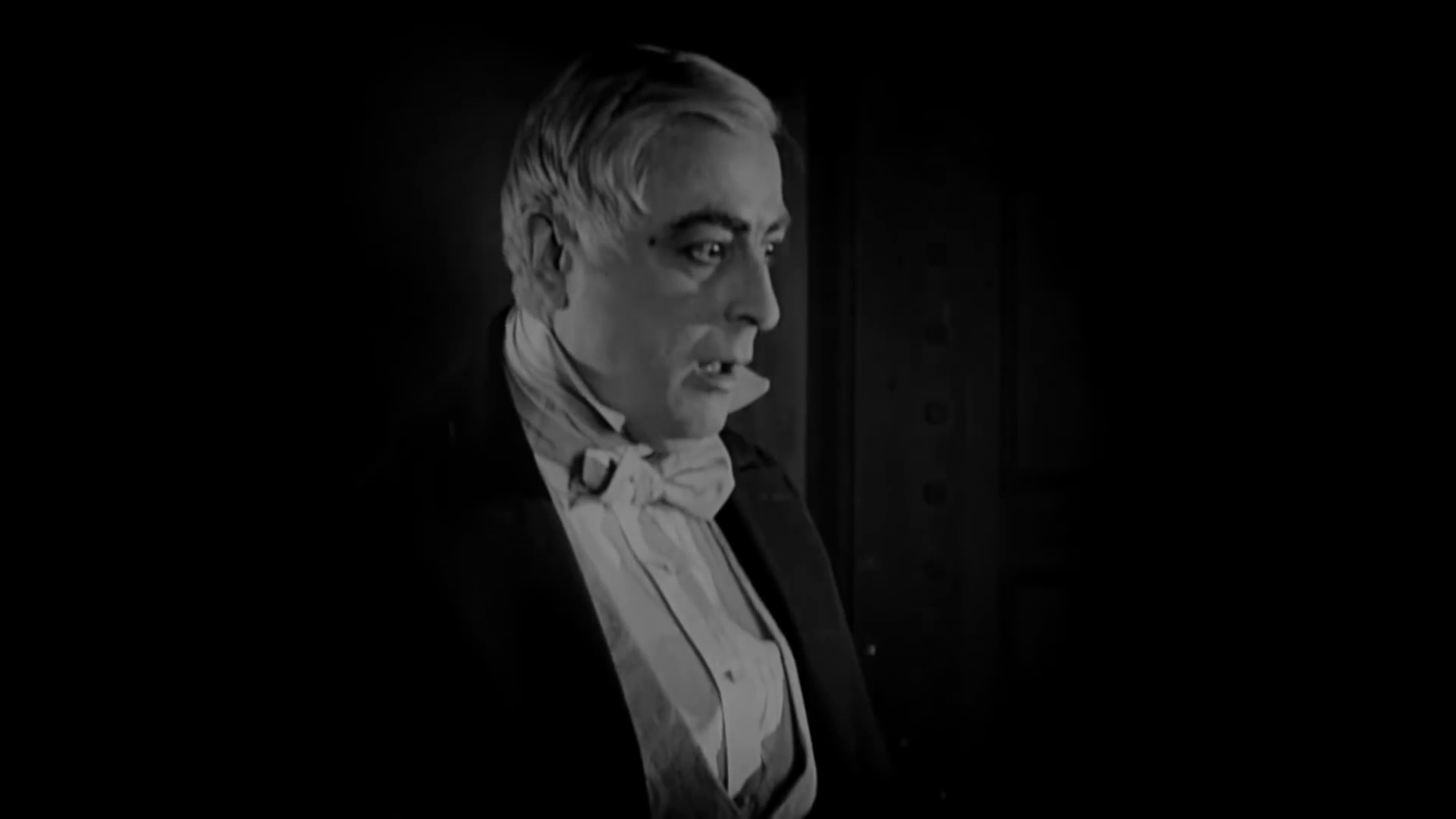 Charles Lane est le docteur Richard Lanyon dans le film muet Dr. Jekyll and Mr. Hyde (Docteur Jekyll et M. Hyde, 1920) de John S. Robertson