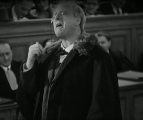 Jean Dax dans Accusée, levez-vous (1930) de Maurice Tourneur