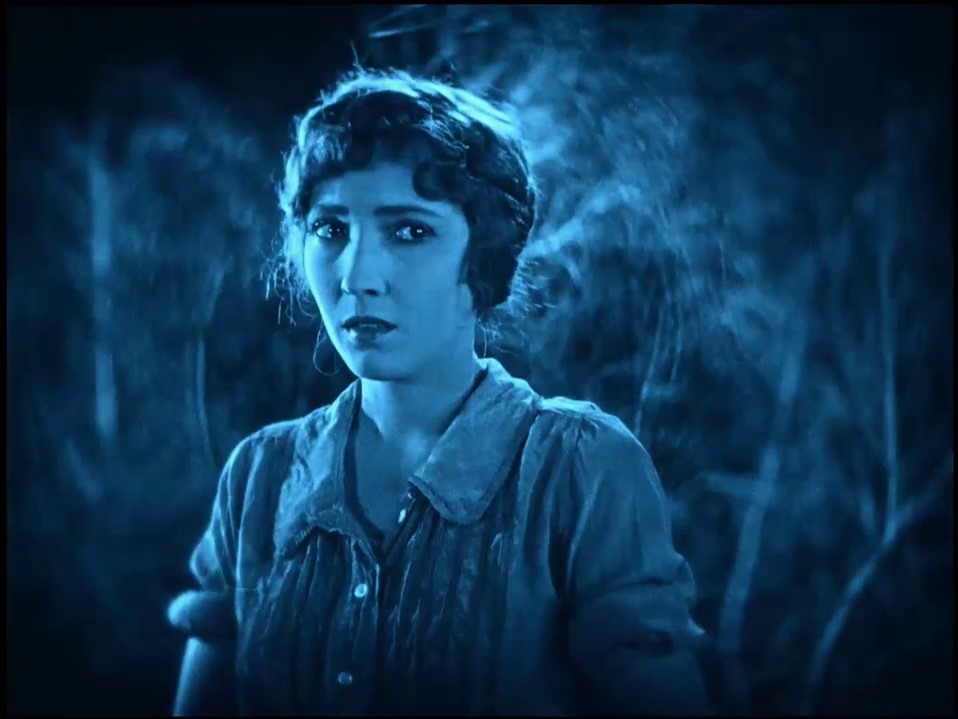 The lost world (Le monde perdu, 1925) de Harry Hoyt : le combat des dinosaures