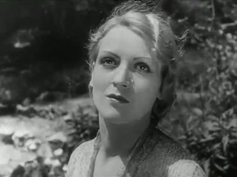Mary Stutz dans La perle