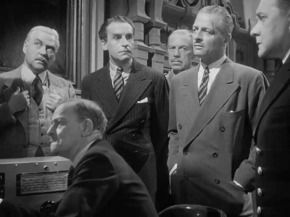 Nigel Bruce, Henry Daniell et Reginald Denny dans Sherlock Holmes and the voice of terror