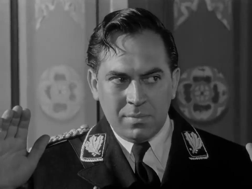 Thomas Gomez dans Sherlock Holmes et la voix de la terreur
