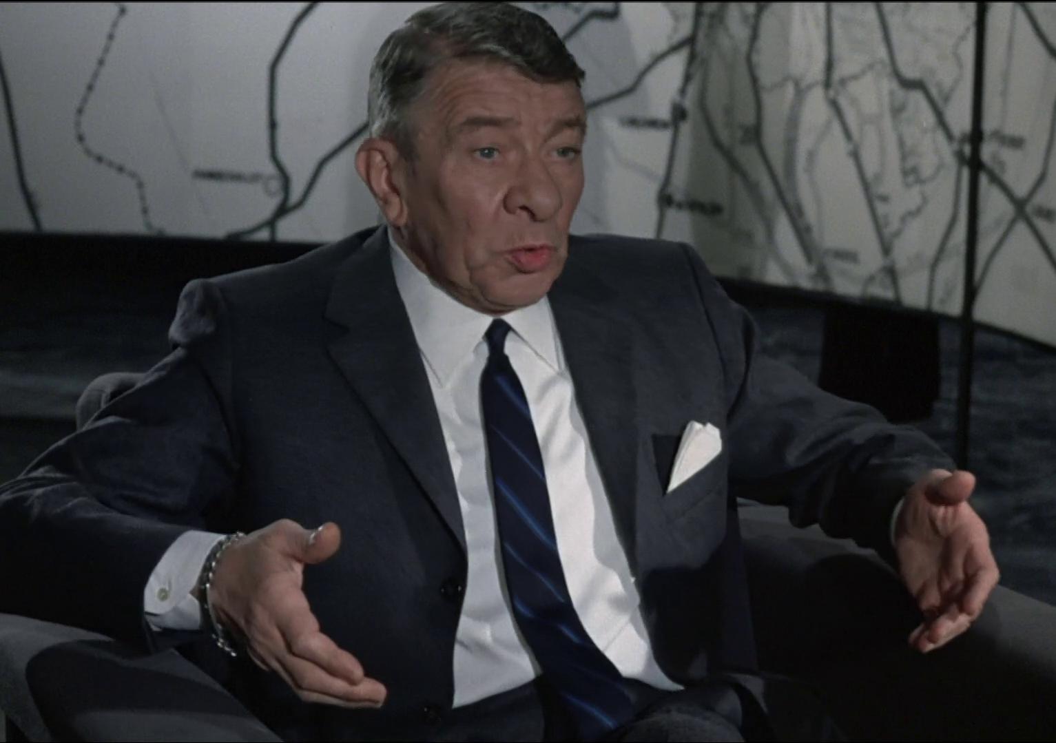 Le pacha (1968) de Georges Lautner : Louis et Nathalie piègent Quinquin (HD)