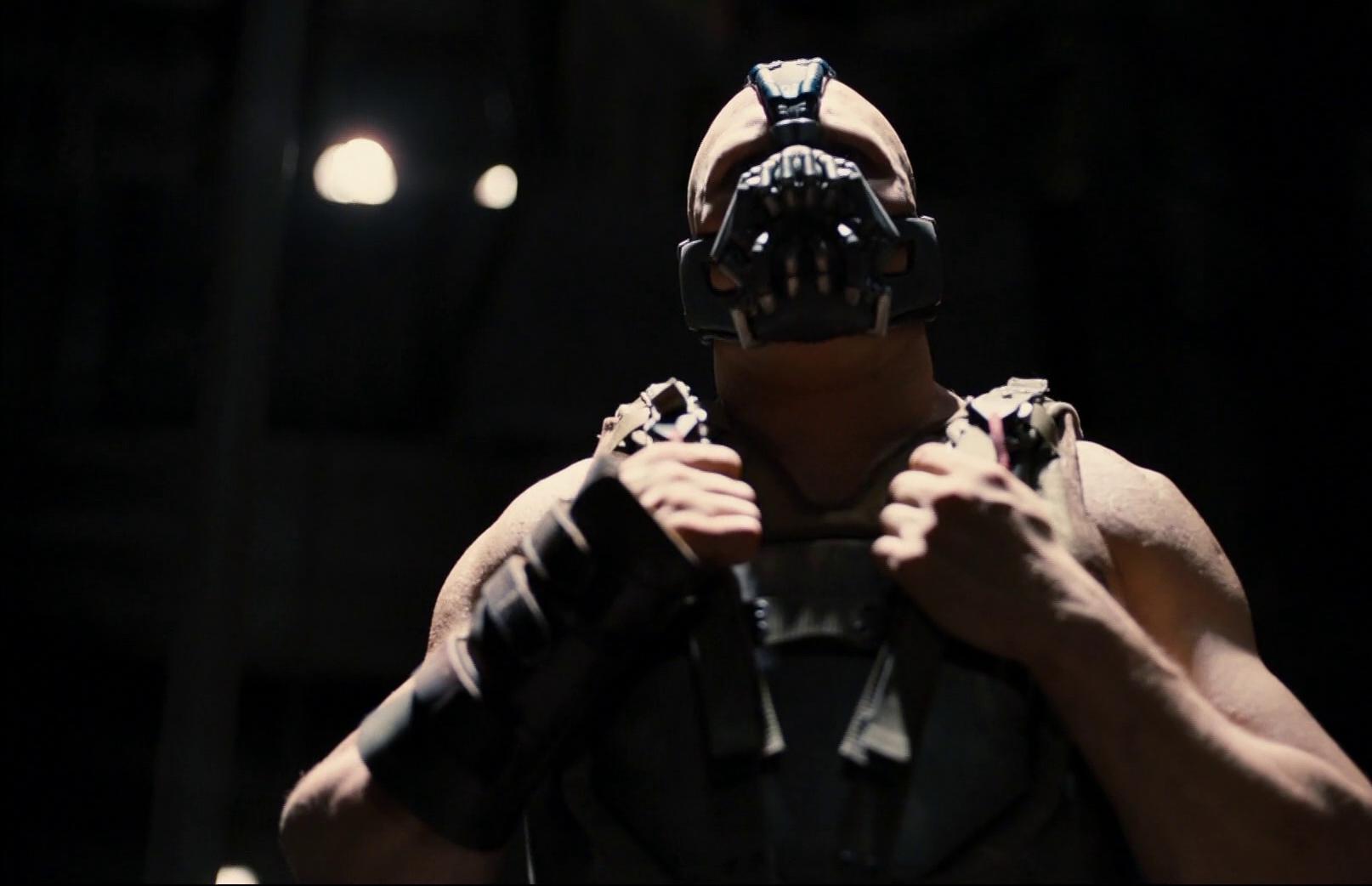 The Dark Knight rises (2012) de Christopher Nolan : Batman en pleine course-poursuite (HD)