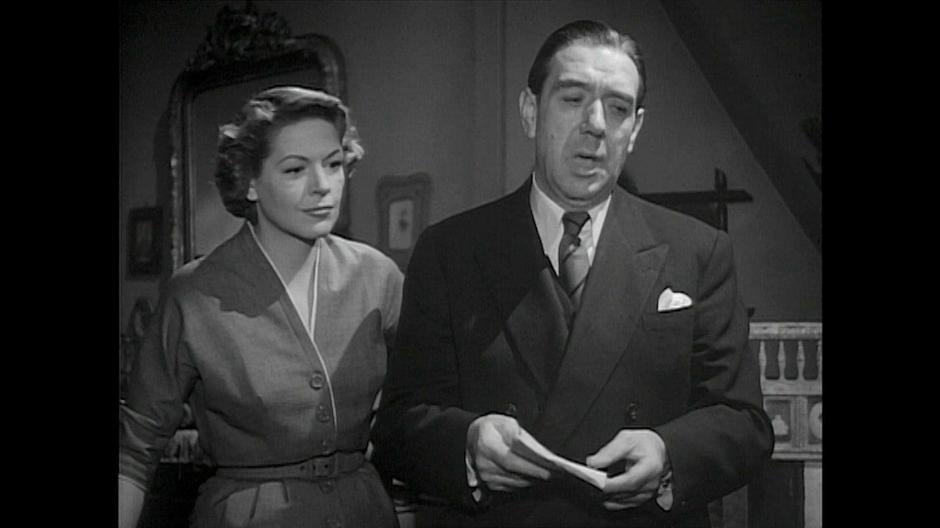 Madeleine Robinson et Georges Randax dans Minuit ... Quai de Bercy