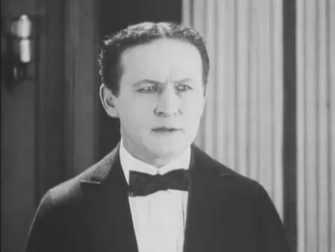 Harry Houdini dans le film Haldane of the secret service