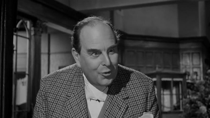 Robert Morley dans le film Murder at the Gallop (Meurtre au galop, 1963) de George Pollock