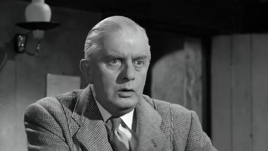 Stringer Davis dans le film Murder ahoy (Passage à tabac, 1964) de George Pollock
