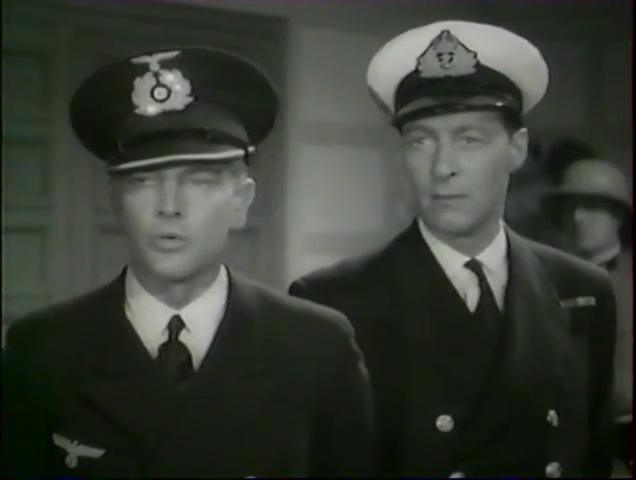 Rolf Wanka et Kim Peacock dans le film français Alerte en Méditerranée (1938) de Léo Joannon