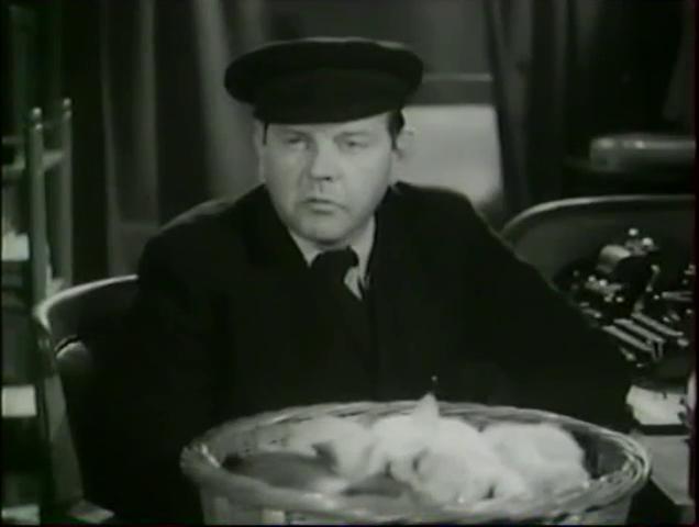 Fernand Ledoux dans le film français Alerte en Méditerranée (1938) de Léo Joannon