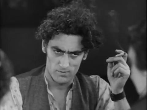Edmond Beauchamp dans le film muet Maldone (1928) de Jean Grémillon