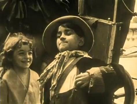 Olinda Mano et René Poyen dans Judex (1916) de Louis Feuillade