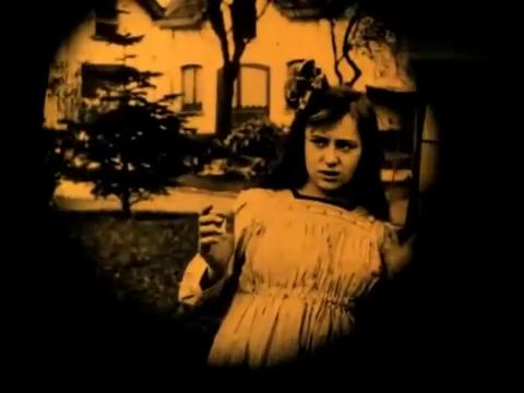 Image du film muet belge La jeune Belgique (1922) d'Armand du Plessy