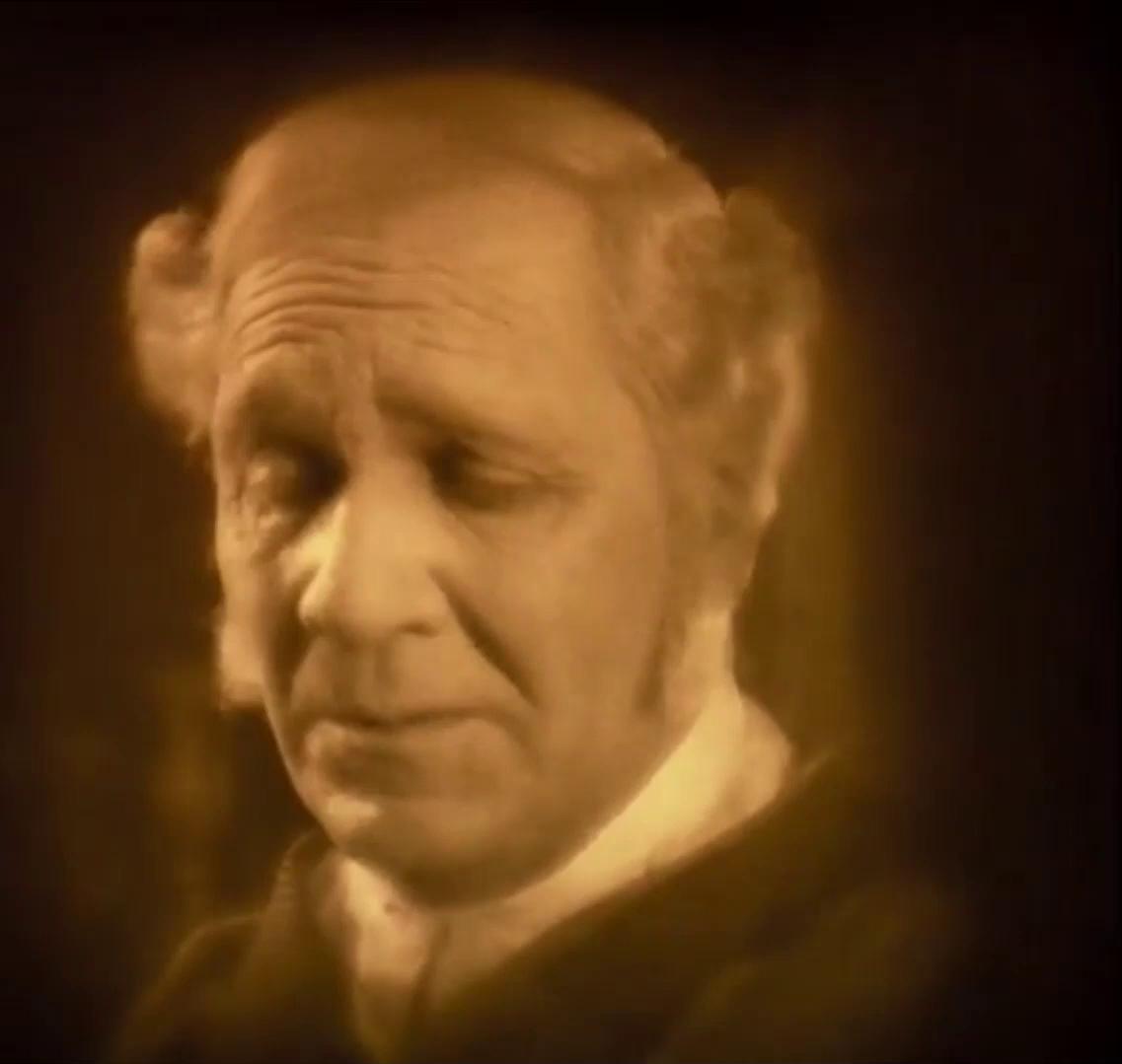 Vendrey Ferenc est Komornyik dans le film muet hongrois Egy fiúnak a fele (1924) de Géza von Bolváry