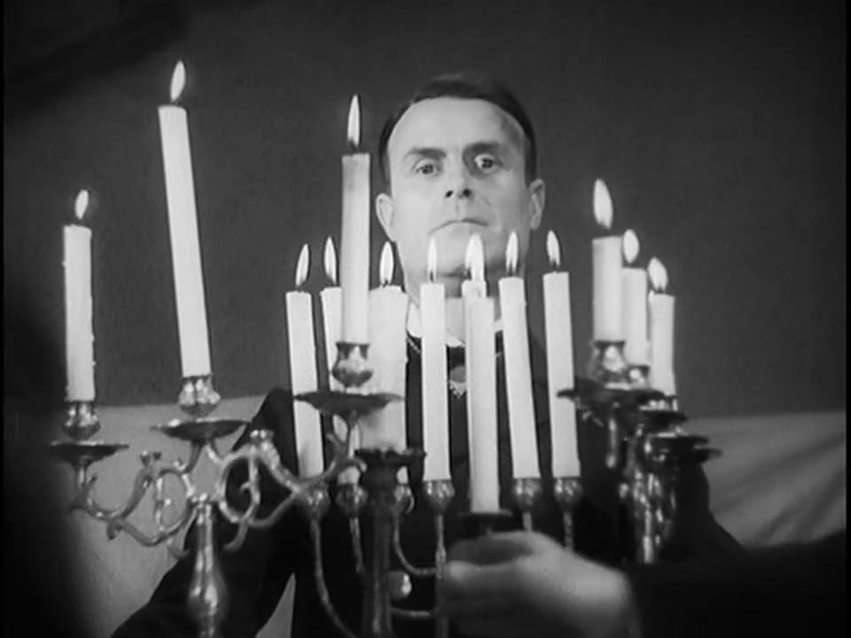 Gaston Modot dans le film Fantômas (1932) de Paul Féjos
